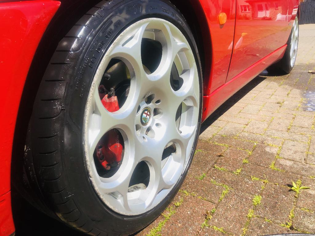 Alfa Romeo GT 18